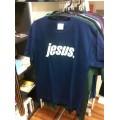 T-Shirt Jesus. creme auf blau